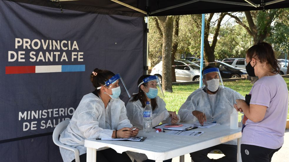 La provincia de Santa Fe reportó 2.210 casos de coronavirus y 26 muertes