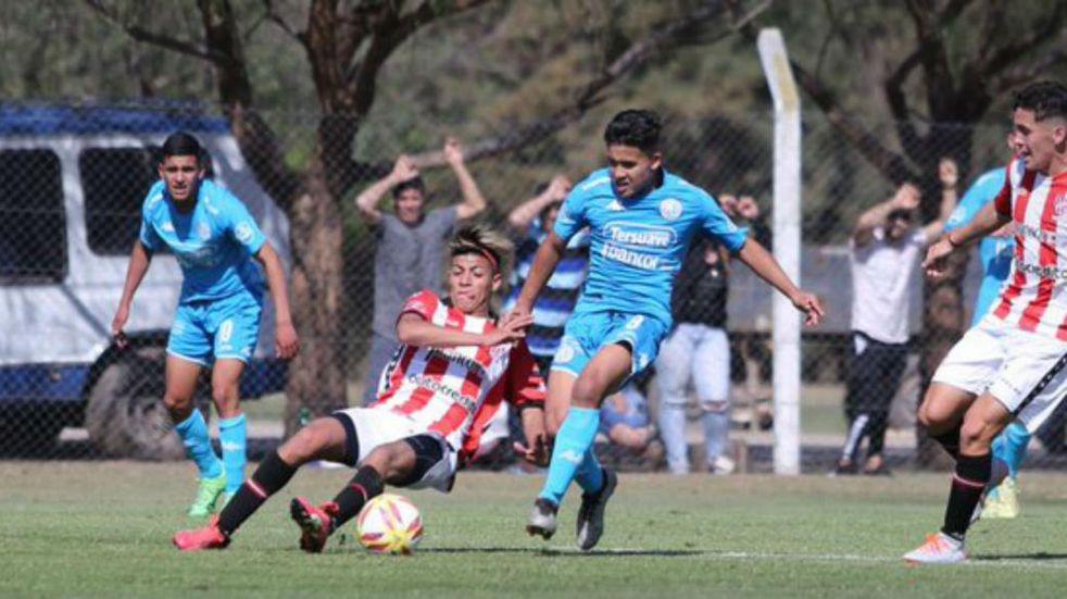 Juveniles de AFA: el torneo arranca con Belgrano-Instituto
