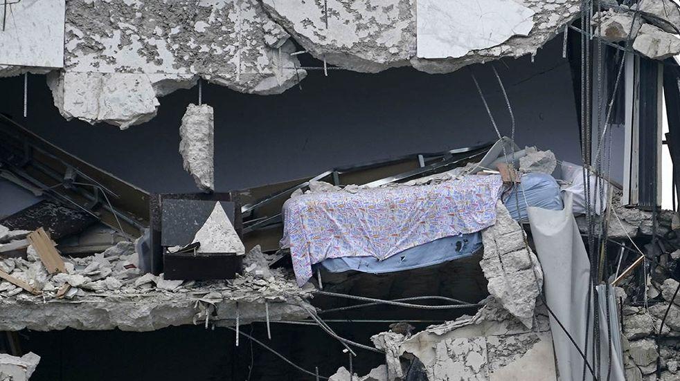 Derrumbe en Miami: se dio a conocer la identidad de la primera víctima fatal