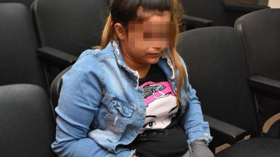 Hallaron a su hija entre moscas y la castigaron con 3 años de cárcel