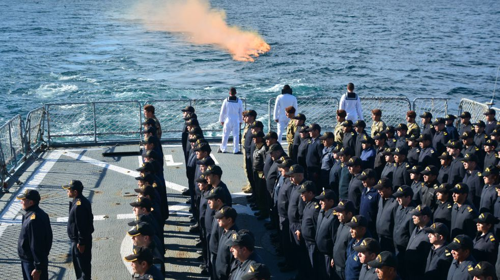 "Le rindieron honores al submarino ARA ""San Juan"""