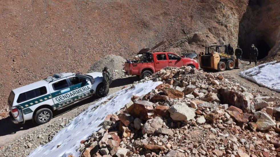 Lo detuvieron por extraer y contrabandear oro en el límite con Chile