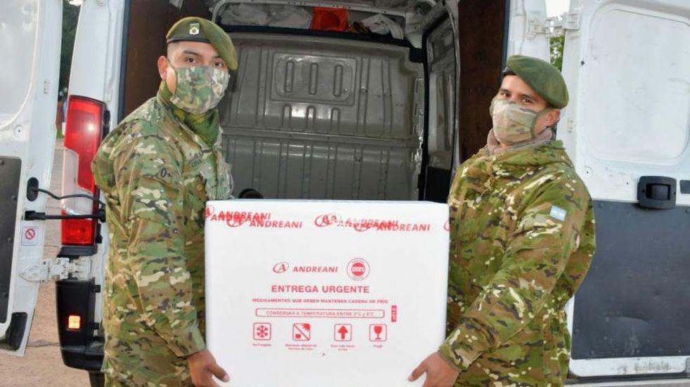 Llegaron al Chaco 5.300 vacunas de Astrazeneca destinadas a las segunda dosis para mayores de 60 años