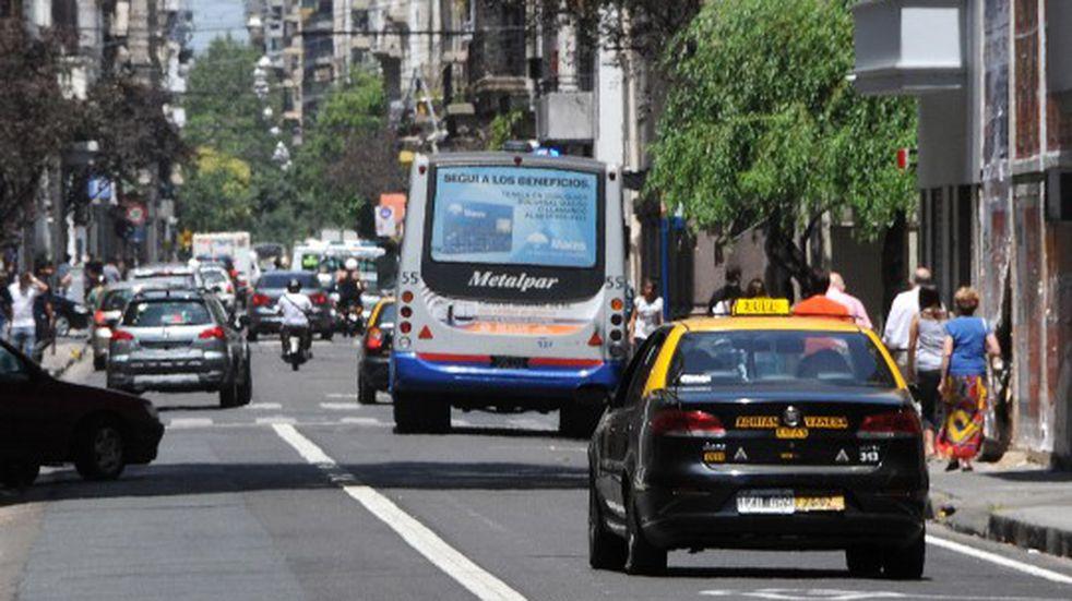 El tránsito nocturno bajó un 60% y disminuyó la atención en las guardias por accidentes en Rosario