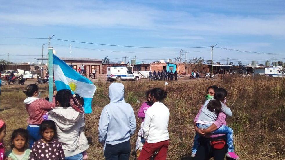 Diputado salteño propone no otorgarle beneficios sociales a las personas que usurpan terrenos