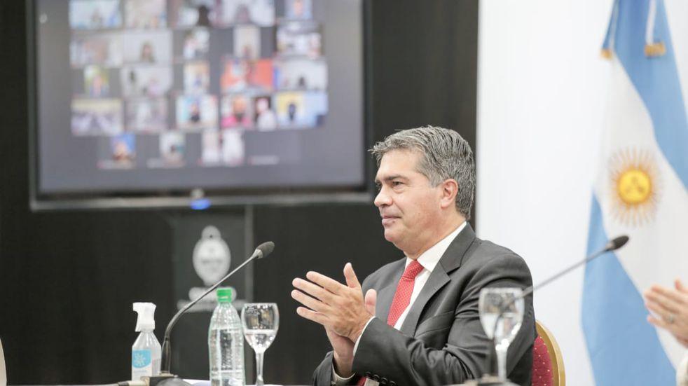 Capitanich presentó la Jornada Extendida Digital para complementar la presencialidad en instituciones educativas.