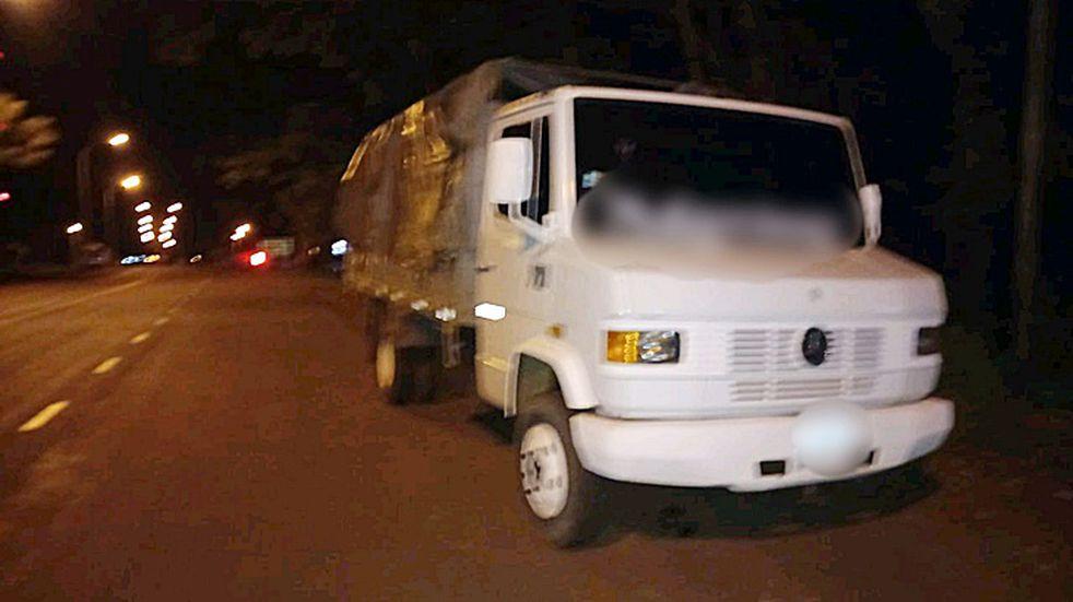 Apóstoles: detuvieron a un camionero borracho que atropelló un control policial