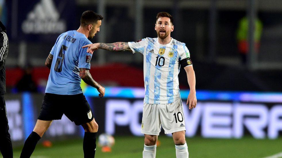 Lionel Messi será titular y capitán ante Perú.