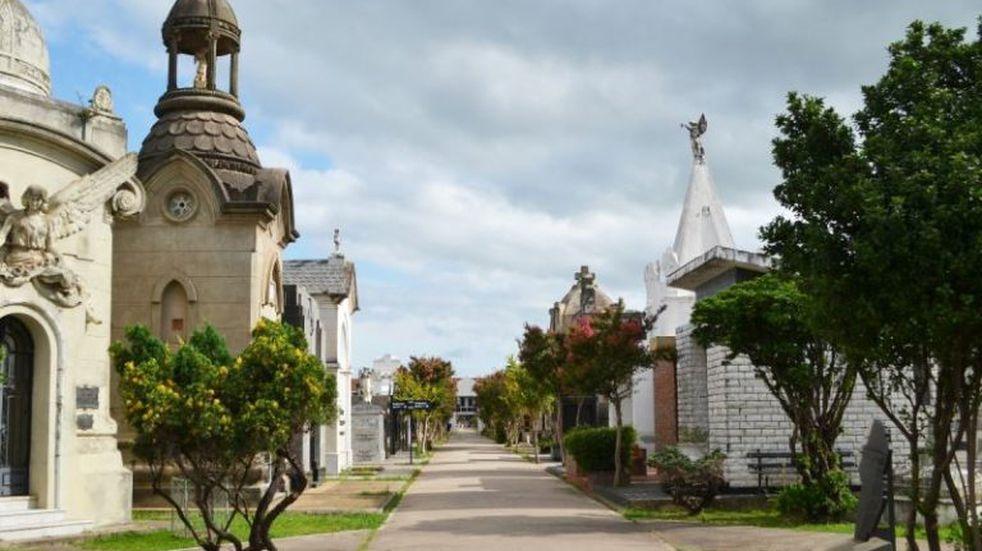 Córdoba insegura: robaron portones de un cementerio
