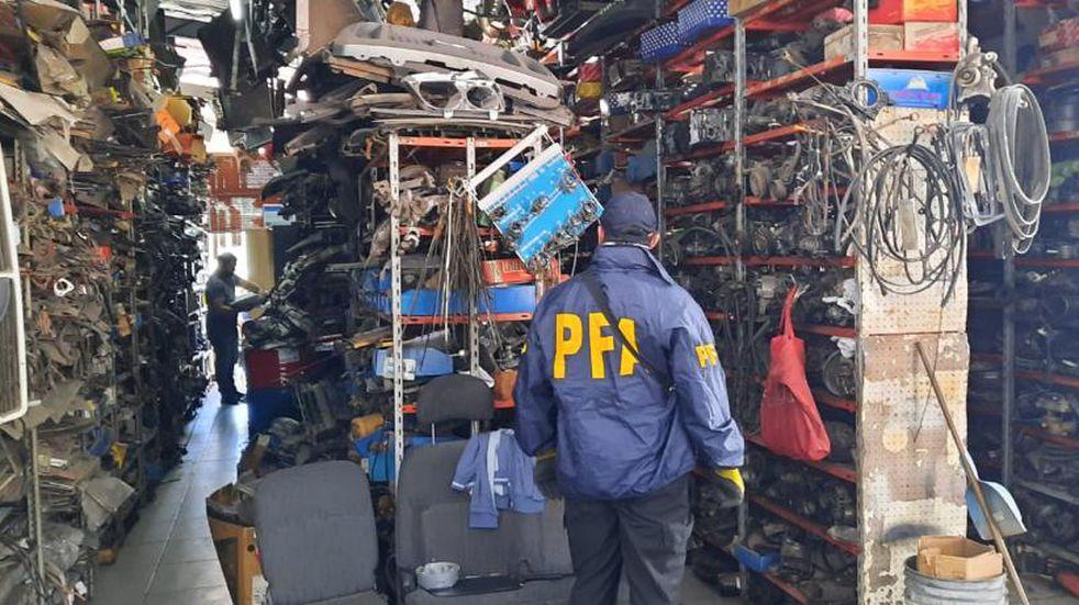 Policía Federal desarticuló una banda que vendía autopartes adulteradas en San Rafael y Buenos Aires