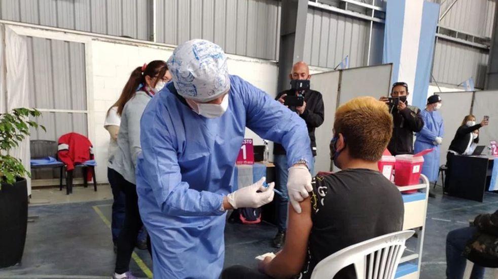 Vacuna Covid-19 en San Luis: inocularon a los primeros adolescentes