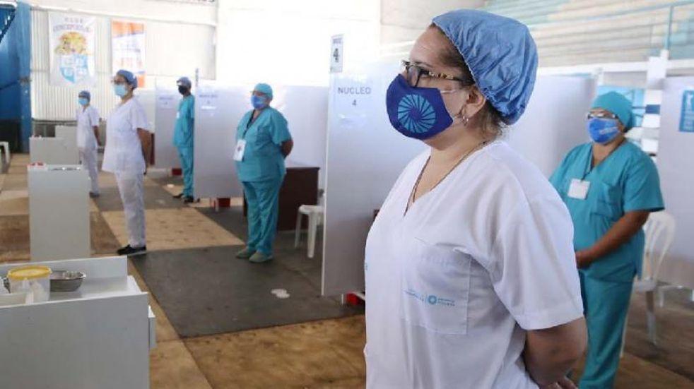 En Banda del Río Salí preparan el nodo de vacunación para mayores de 60 años