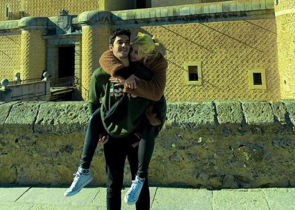 Anna Chiara y su novio (Foto: Instagram)