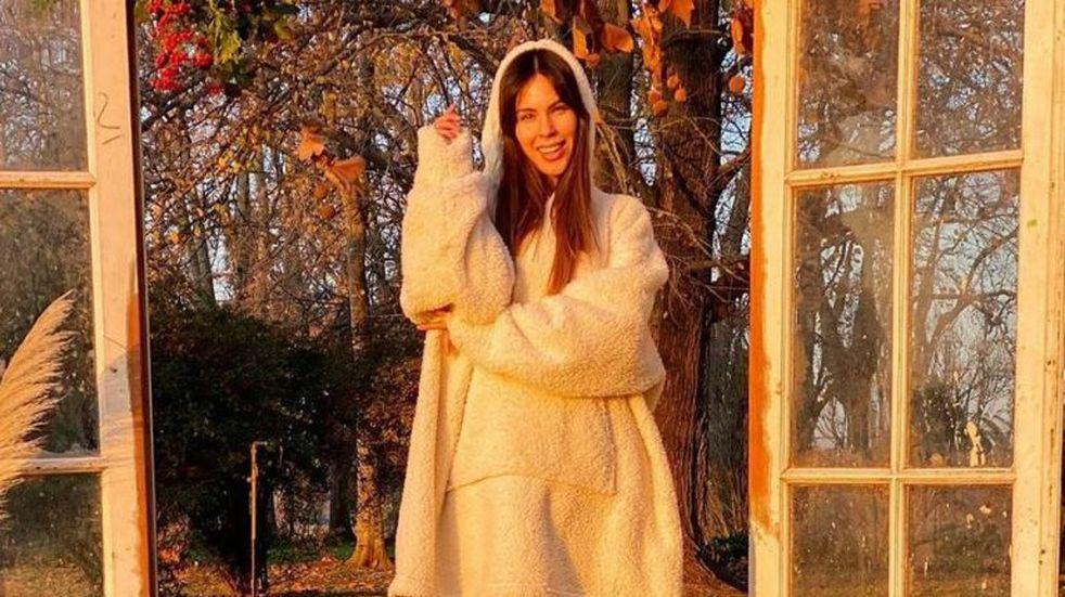 """Barby Franco usó un vestido con transparencias y le tiró un """"palito"""" a Romina Malaspina"""