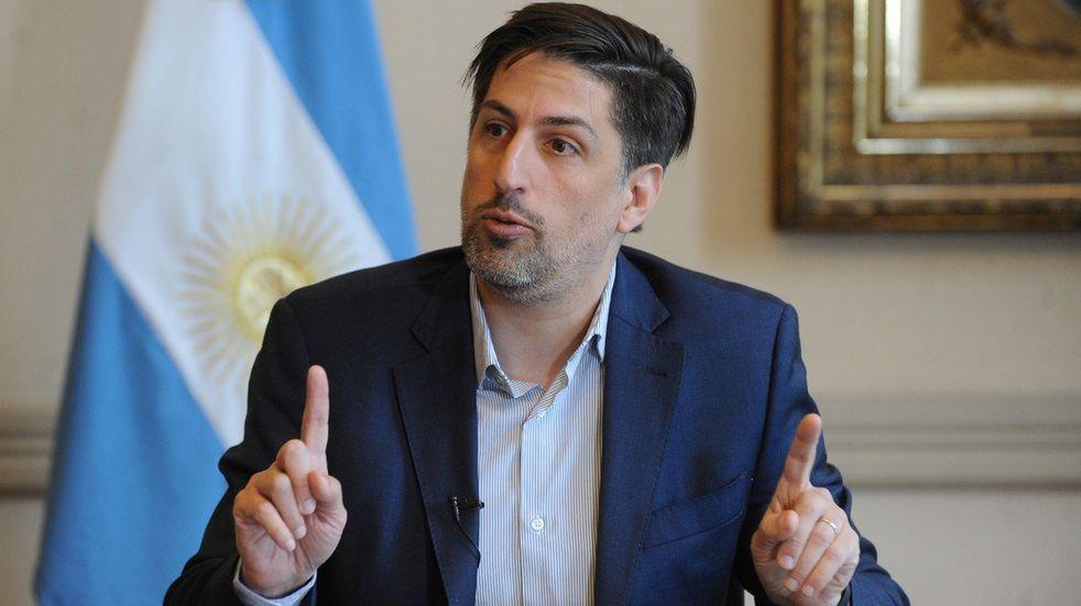 Según Trotta, la presencialidad de las escuelas en Mendoza está en la cuerda floja
