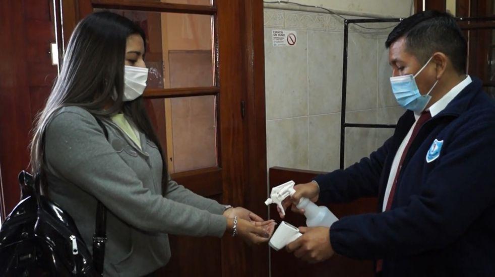 Elecciones en Jujuy: aplican estrictos controles en lugares de votación