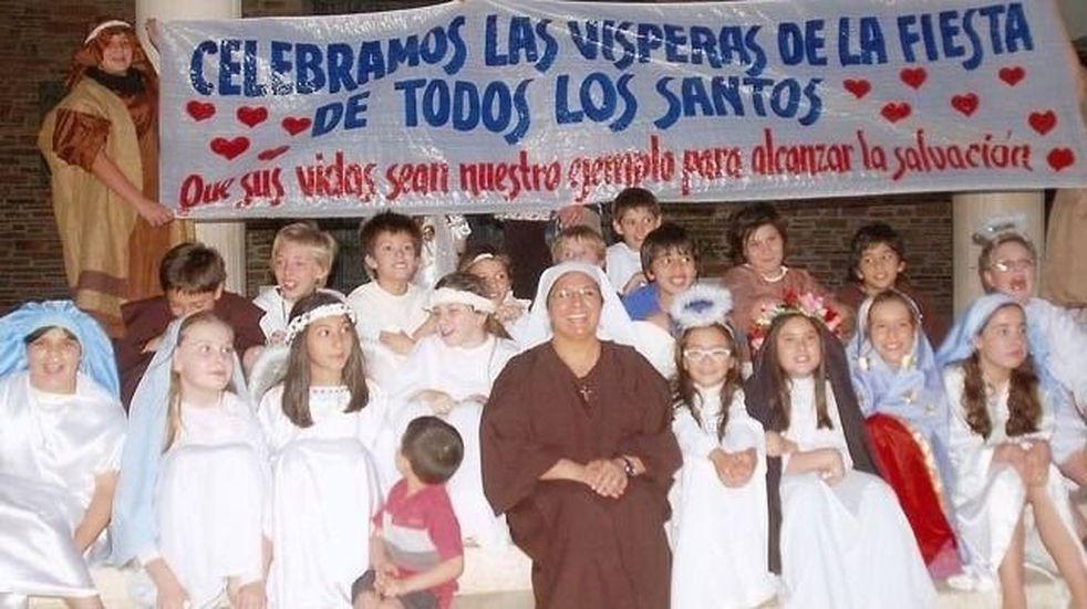 """Cada vez son más los niños que festejan el """"Holywins"""" en San Juan"""