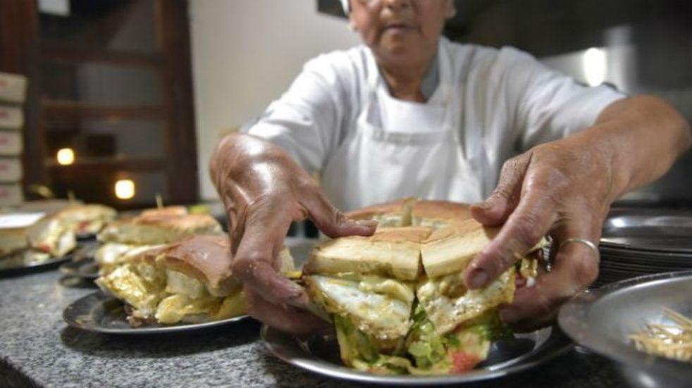 #ComoEnCBA: el mejor lomito de Córdoba según los usuarios de Día a Día