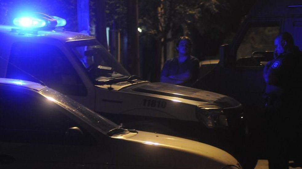 Tiroteo frente a un hospital en San Martín: murió un hombre y un policía resultó herido