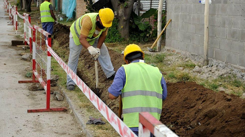Amplian la red de gas natural en barrios de la Ciudad