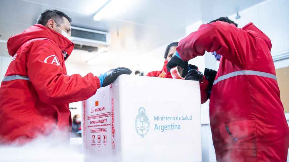 Vacunación en Córdoba: llegaron nuevas dosis de Sinopharm y Sputnik V