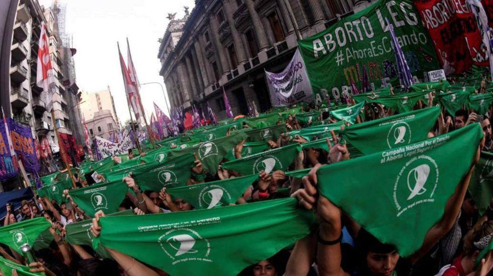 El Gobierno oficializó el protocolo para la Interrupción Voluntaria y Legal del Embarazo