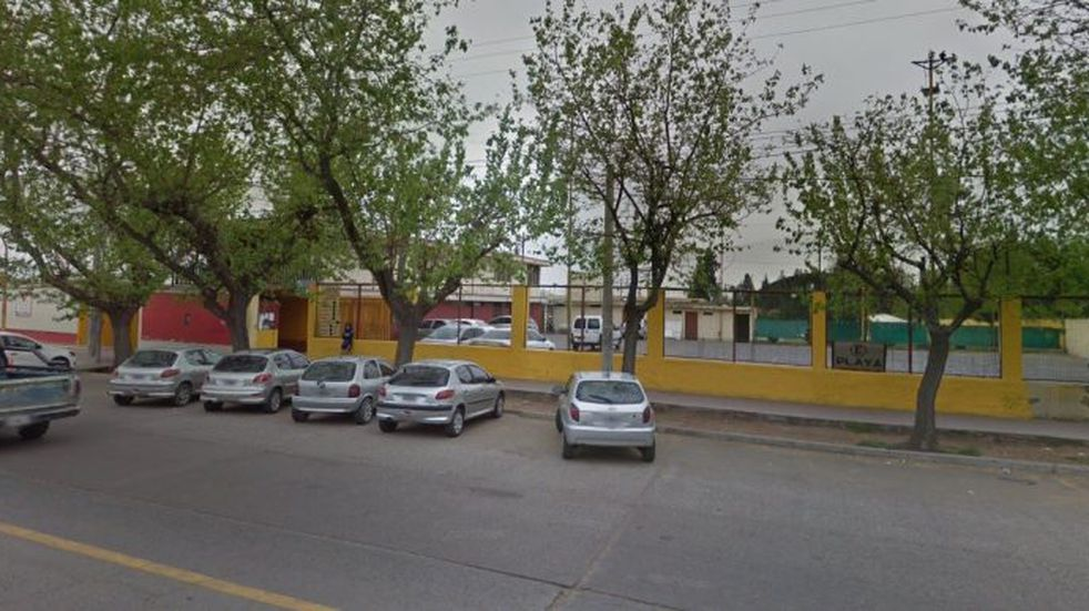 Prohiben estacionar a 90 grados en calle Bandera de Los Andes de Guaymallén