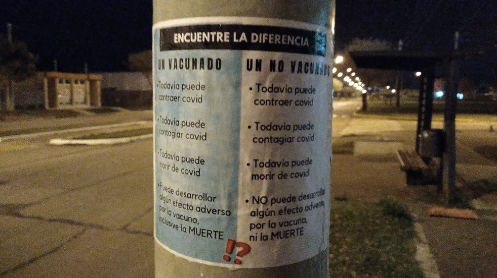 Campaña antivacunas en las calles de Rafaela
