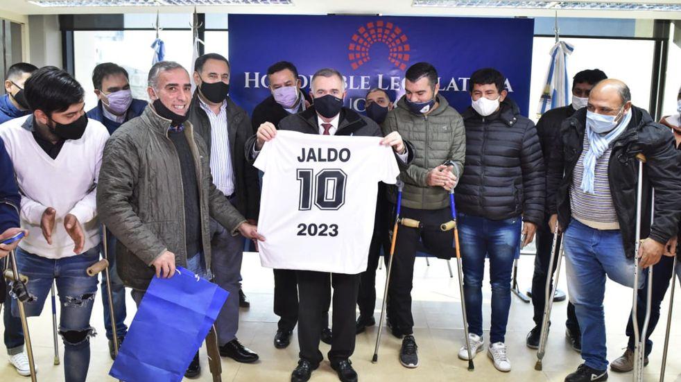 Legislatura: Jaldo recibió al equipo de Fútbol de Amputados