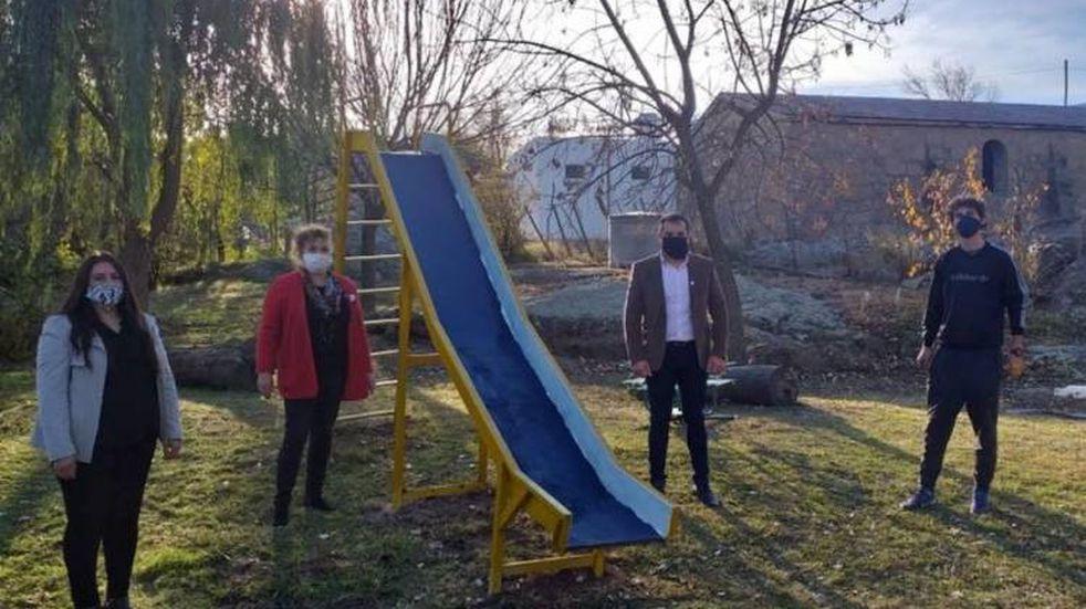 Villa Benegas recibió la visita de Carlos Oviedo
