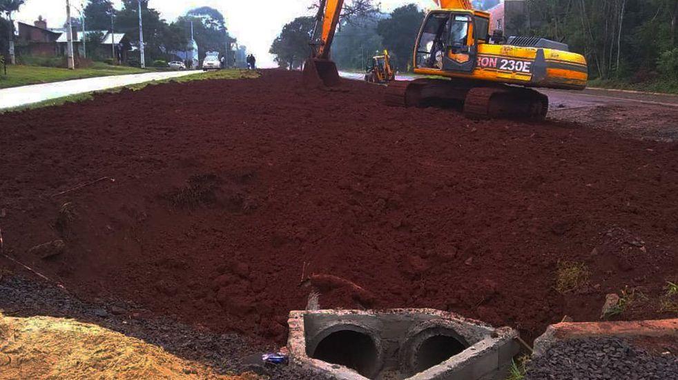Oberá: avanza la ejecución de obras de pavimentación e instalaciones de cañería pluvial