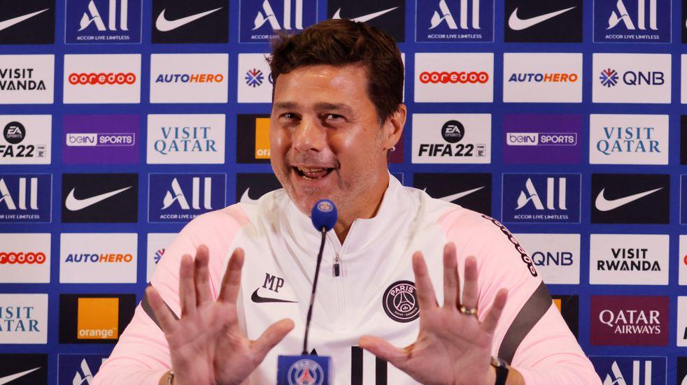 Mauricio Pochettino festejó la victoria de Newell's antes de que comience la conferencia de prensa de PSG.