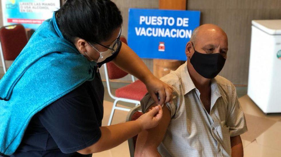 Coronavirus: guías de turismo y personal de transporte del Parque Nacional Iguazú fueron vacunados