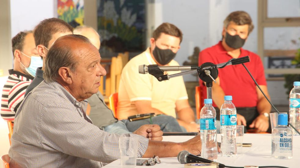 Sánchez recomendó a su gabinete administrar al máximo los recursos y recortar los gastos no prescindibles