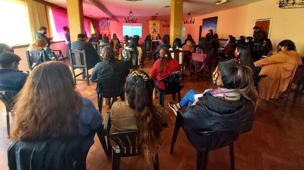 Pasó por Humahuaca la campaña nacional contra la violencia de género