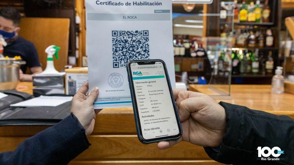 Certificados de habilitación comercial con tecnología QR