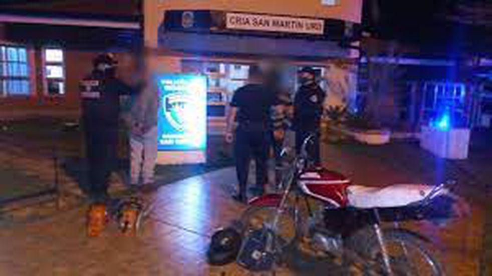 Dos jóvenes fueron detenidos acusados de ser autores de un robo en San Martín