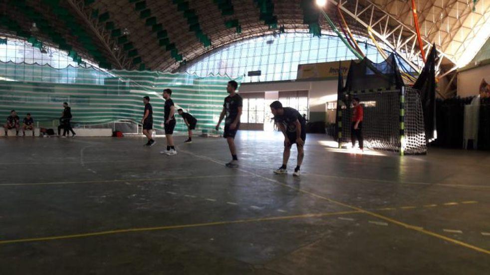 Los equipos de handball del Cultural de Arroyito debutaron en la Liga Provincial