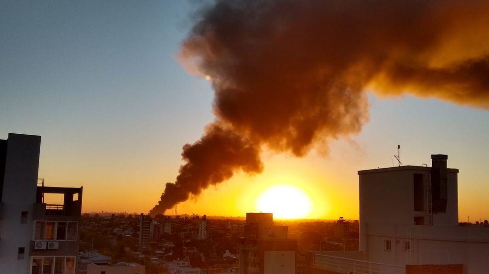 Incendio en Bernal (Foto: Jessica Costa)