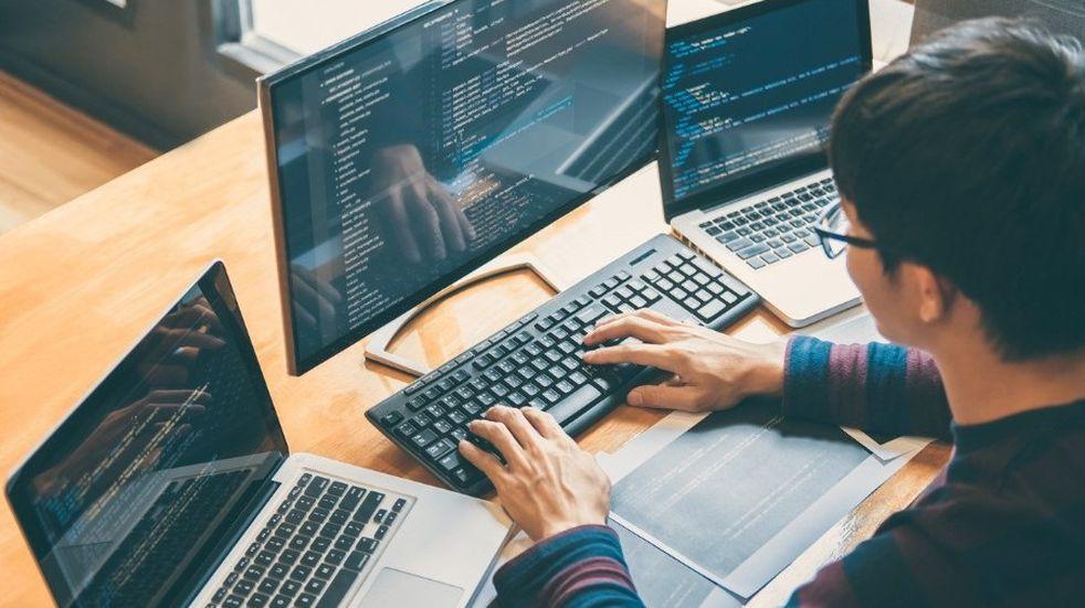 Ofrecen mil cupos gratuitos para formar programadores