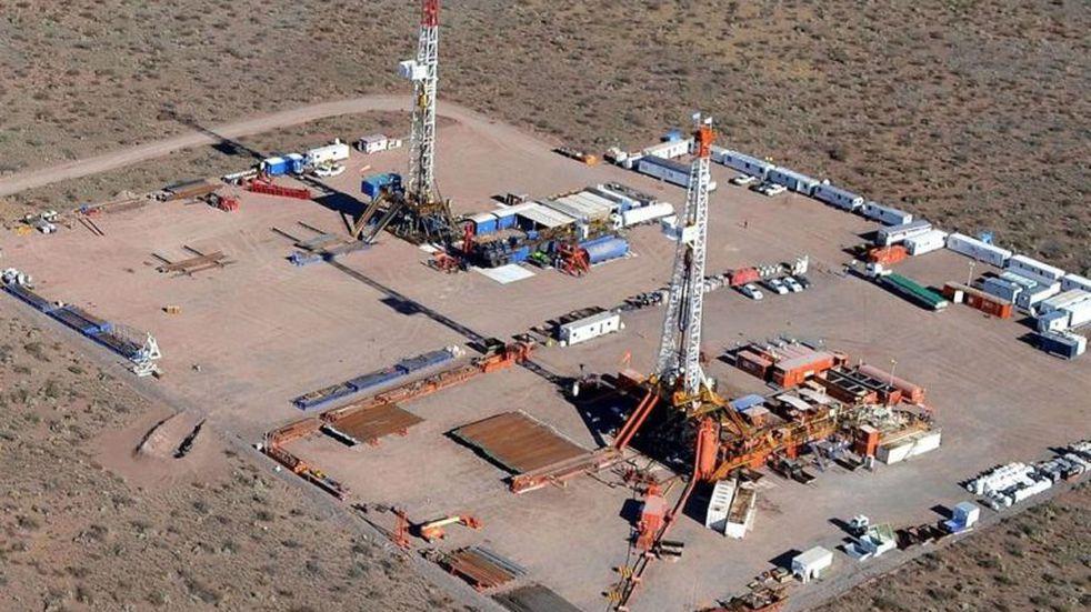 El Gobierno mantendrá el congelamiento de la nafta aunque suba el precio de los combustibles