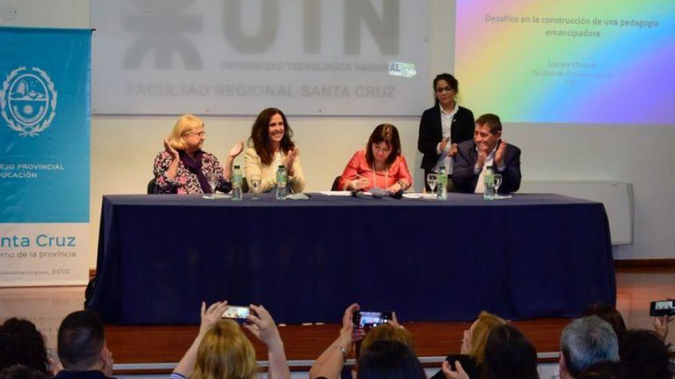 El Gobierno firmó convenio con la Universidad de Buenos Aires