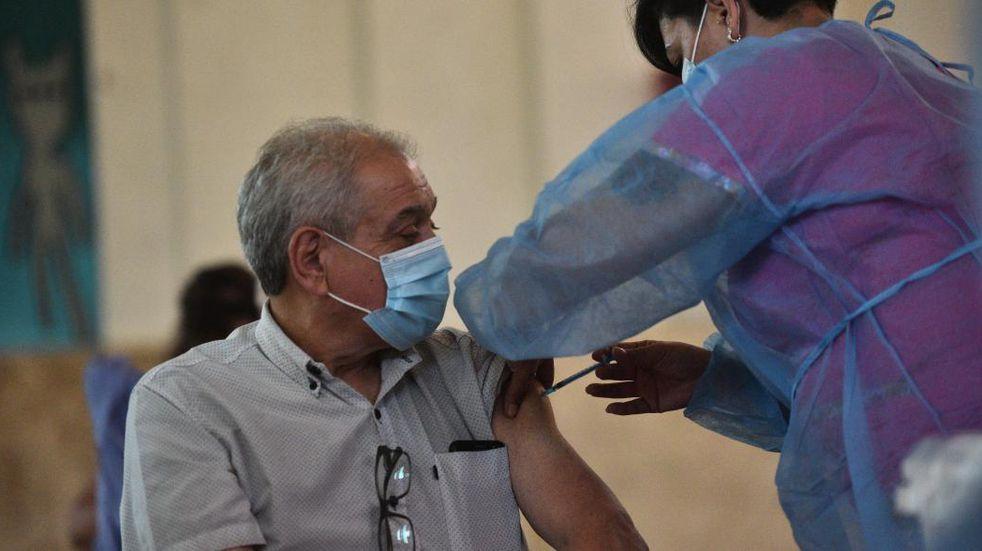Córdoba busca adquirir vacunas contra el Covid-19 de un laboratorio chino