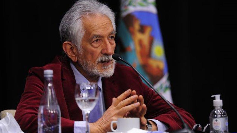 """Rodríguez Saá: """"necesitamos saber a dónde se dirigen y pedimos una declaración jurada"""""""