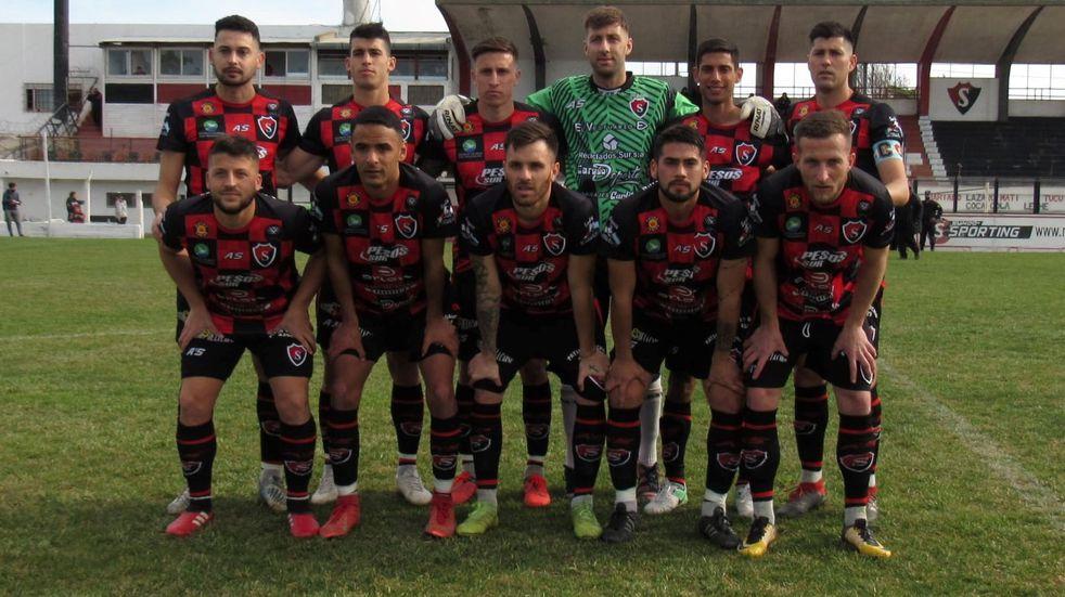 Sporting recibe a Liniers