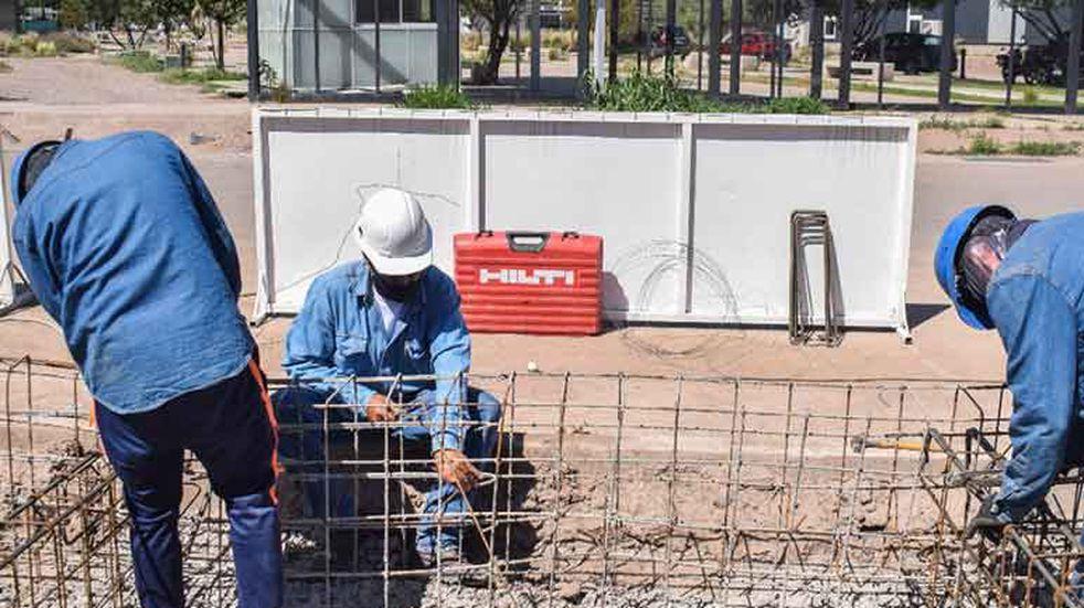 Construyen un nuevo parador urbano de metrotranvía en el Parque TIC