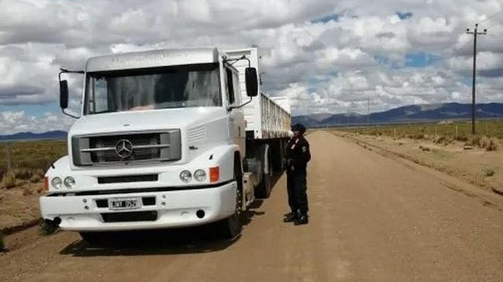 Jujuy exige PCR negativo a transportistas de carga internacional