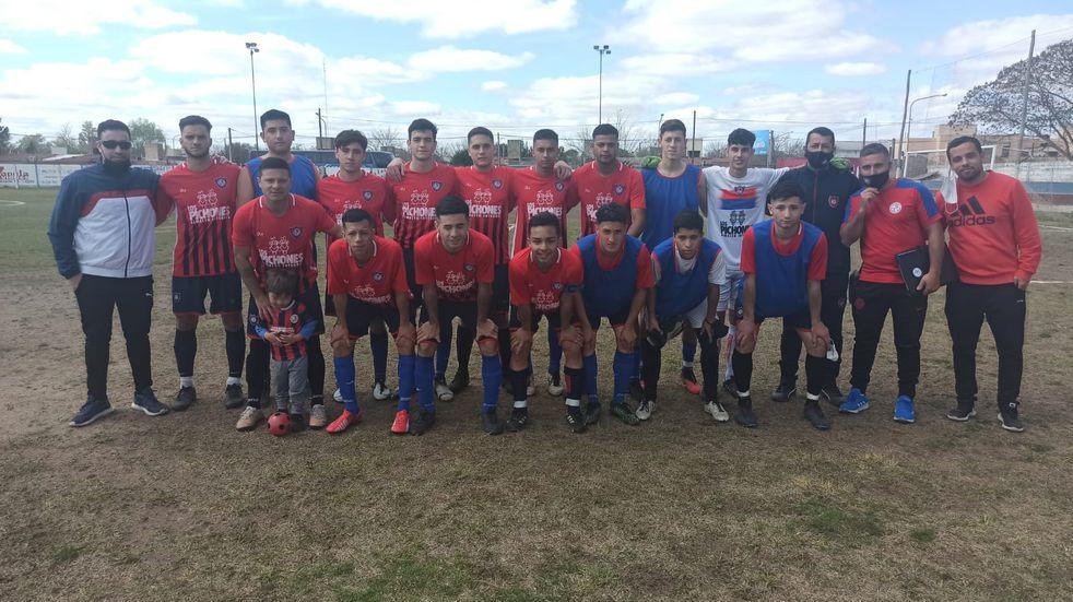 El Sportivo 24 le ganó sobre la hora a Belgrano de Río Primero y es líder en la Zona Oeste