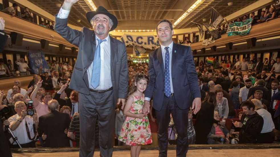 Luque ya es el intendente de Comodoro Rivadavia
