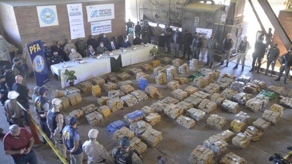Misiones: incineran casi 22 toneladas de marihuana